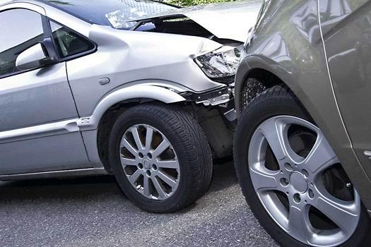 Von der Unfallaufnahme bis zur Versicherungsmeldung