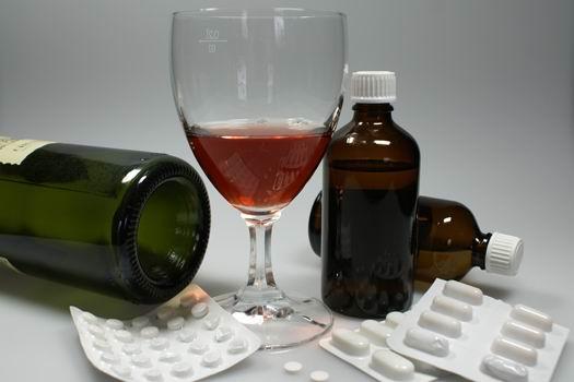 Die Prophylaxe der Abhängigkeit von den Drogen und dem Alkohol